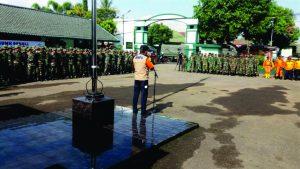 Kepala BNPB pimpin apel operasi tanggap daruràt banjir bandang di Garut 22/9/2016.