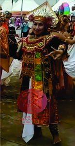 Satu di antara sekian banyak peserta Festival Kemilau Budaya Kaltim. (foto:My)