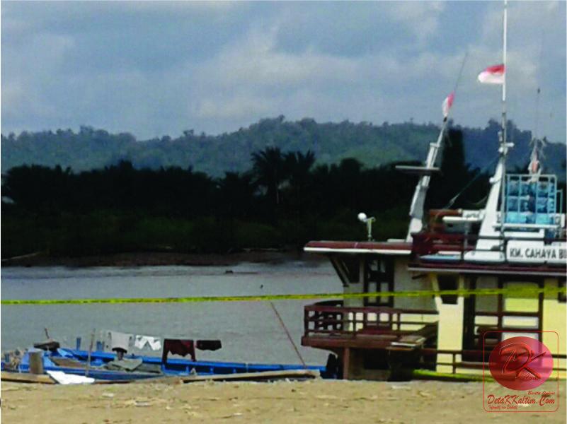 Pelabuhan Bongkar Muat Kapal Tradisional Di-Police Line, Diduga Ilegal
