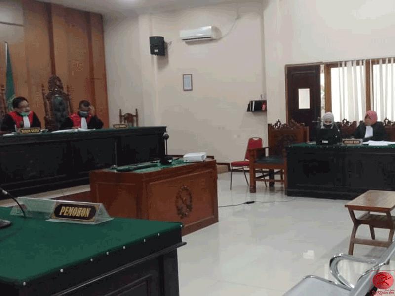 Beli Kayu Hasil Pembalakan Liar, Dituntut 1,4 Tahun